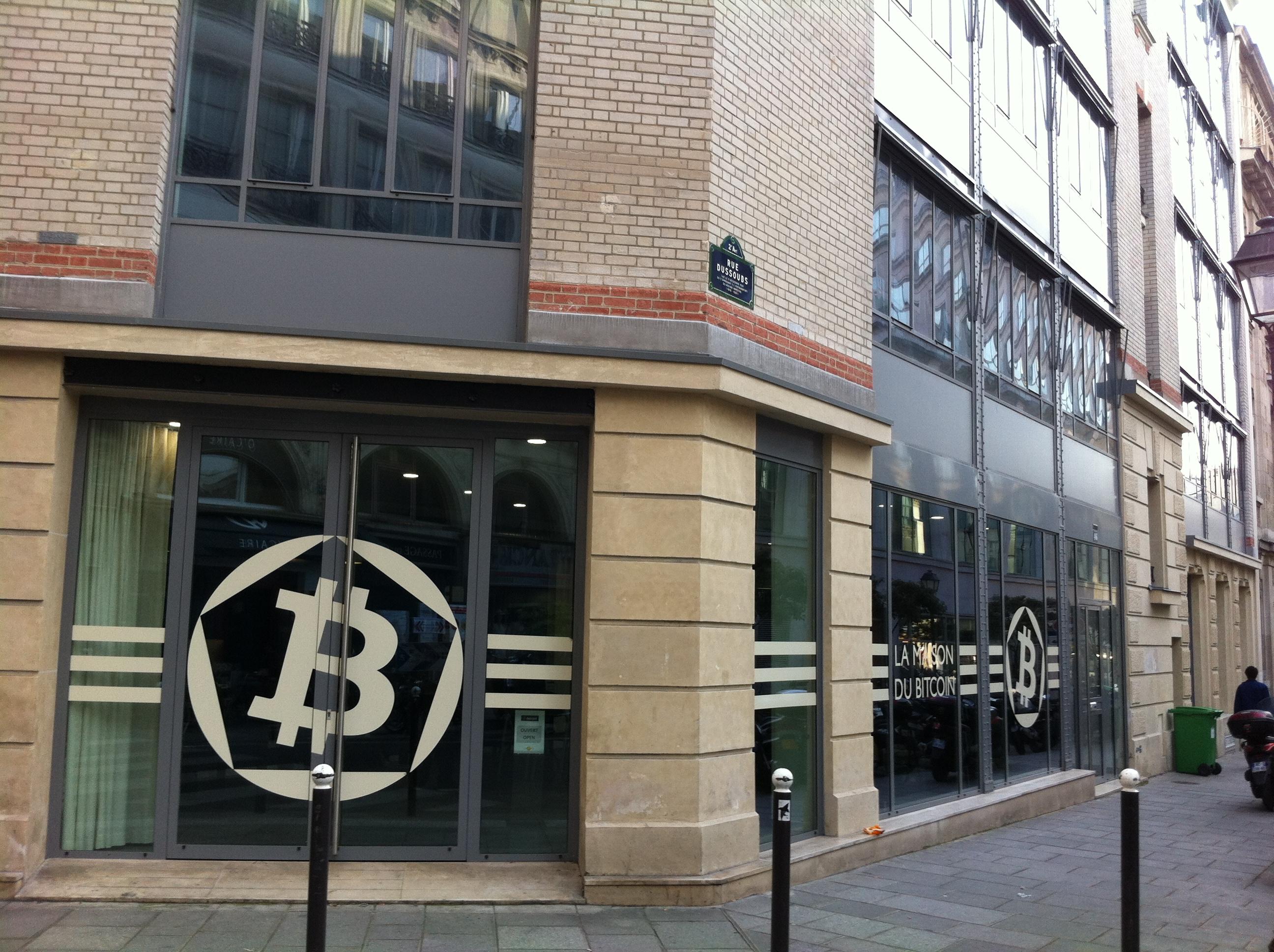 Revolution Culturelle Financiere Technologique Le Bitcoin Domi