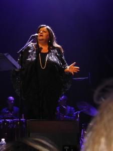 Jahida Wehbé chante Piaf