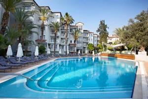 piscine Marina Sentido suites