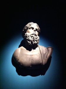 buste de Dieu, exposition Osiris