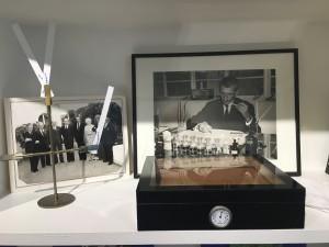 Yuri Gutsatz dans son laboratoire