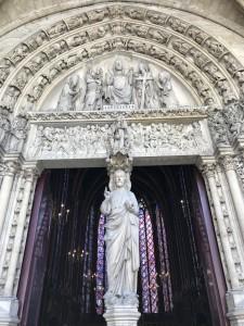 Statue du Christ à la Sainte Chapelle